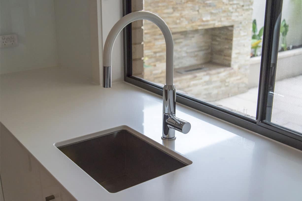 modern sink faucet tap