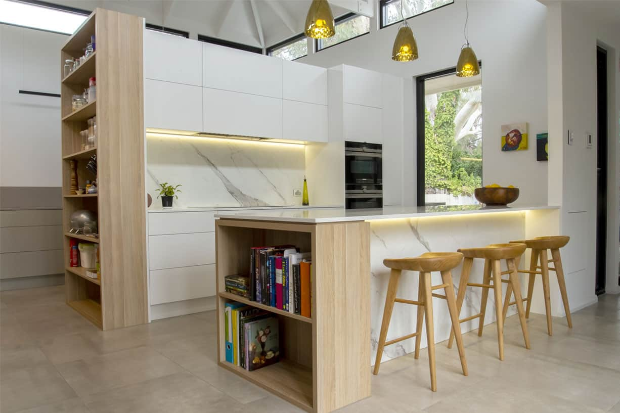 wood grain kitchen